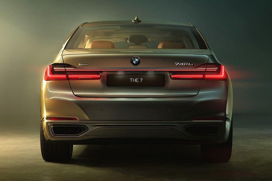 BMW 7 Series Sedan Videos