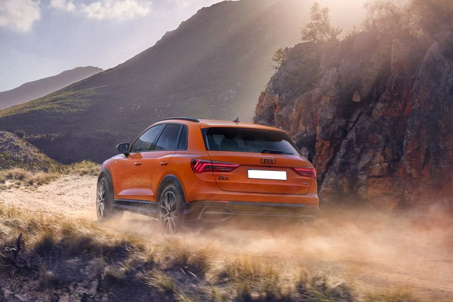 Audi Q3 Videos