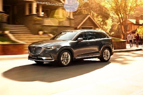 CX-9 2020 Front angle low view