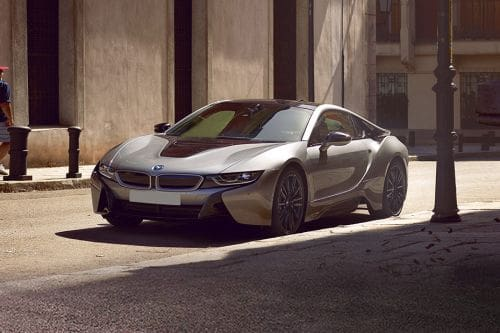 i8 Front angle low view