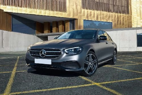 E-Class Saloon Front angle low view