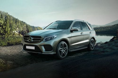 GLE-Class Front angle low view