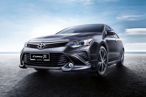 Toyota Camry (2016-2018)