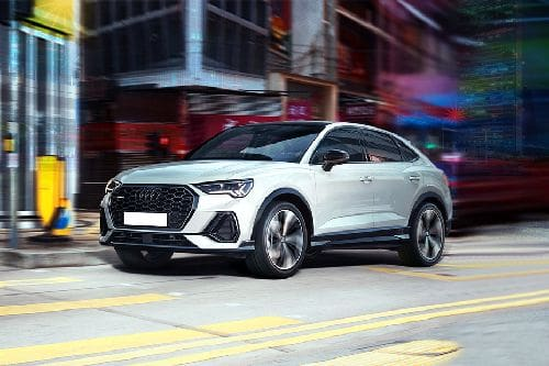 Q3 Sportback Front angle low view