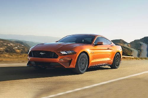 Mustang 2021 Front angle low view