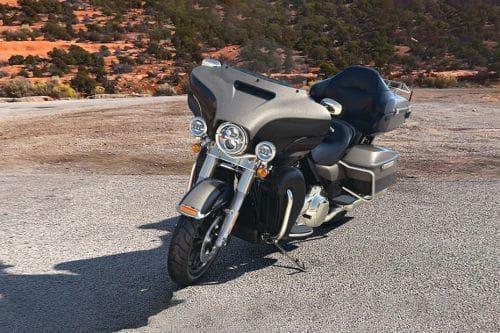 Harley-Davidson Ultra Limited Slant Front View Full Image