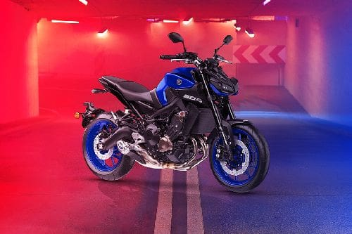 Yamaha MT-09 Slant Rear View Full Image